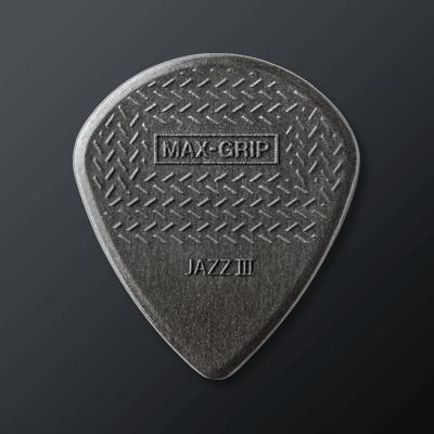 Plektrat Gripillä kategoriakuva. Kuvassa Dunlop Max-Grip Carbon Fiber Jazz III.
