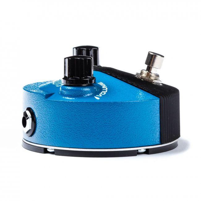 Silicon Fuzz Face Mini FFM1 kitarapedaali kulmasta.