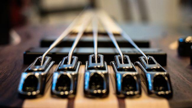 Tapered-kielet basson tallassa.