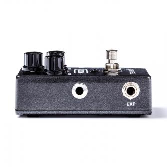 M300 -pedaalissa on EXP-sisääntulo ekspressiopedaalille.