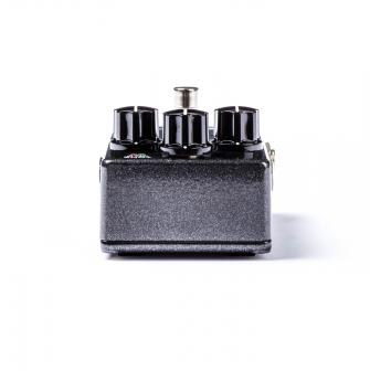 M300 Reverbin kolme kontrollipotikkaa.