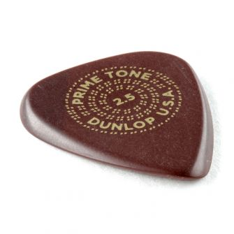 Dunlop Primetone Standard 2.5mm plektra kulmasta kuvattuna.