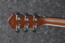 Ibanez AEG70-TCH elektroakustinen kitara.