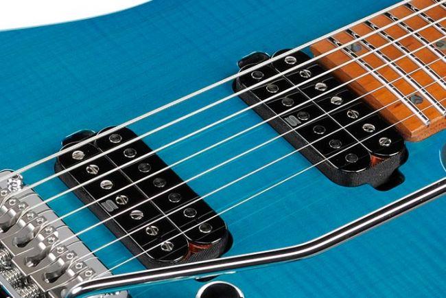 MM7 kitaran Hyperion 7 mikrofonit.