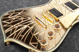 Ibanez PS4CM-kitaran Cracked Mirror -viimeistely tehdään Japanissa käsin.