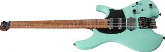 Ibanez Q54-SFM kitara kulmasta kuvattuna.