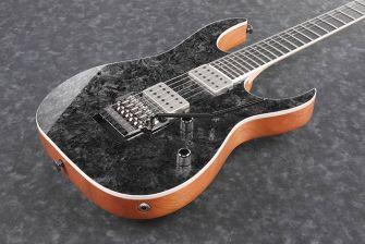 RG5320L-kitaran uniikki viimeistely lähikuvassa.