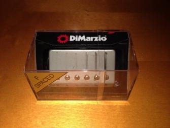 DiMarzio DP261 Custom laatikossaan.