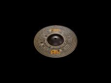 10 tuuman Classics Custom Dark Splash on nimensä mukaan tumma soinniltaan, että ulkonäöltään.