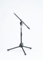 Tama lyhyt mikrofoniteline puomilla MS205STBK