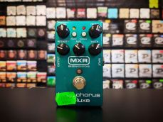 MXR M83 Bass Chorus Deluxe DEMO.
