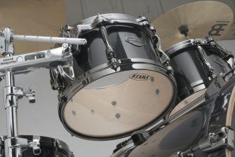 Tama Superstar Hyper-Drive -settien tomit ovat syvyydeltään matalampia.